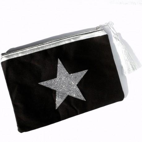 Pochette noire, étoile argent