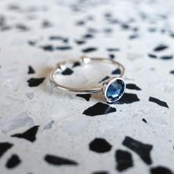 Bague cristal de swarovski bleu jean et argent