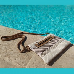 Beige and ivory straw pouch