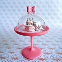 Wedding cake charm